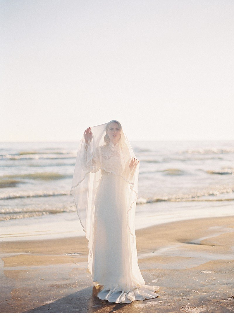sea sand bridal wedding inspiration 0004