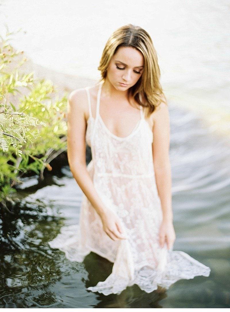 amber lake bridal boudoir 0013