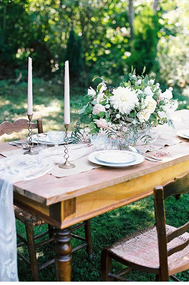 elegant-french-abbey-wedding-inspiration_0005