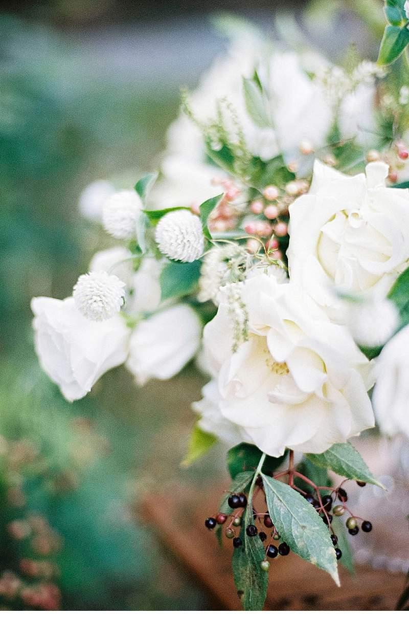 elegant-french-abbey-wedding-inspiration_0017