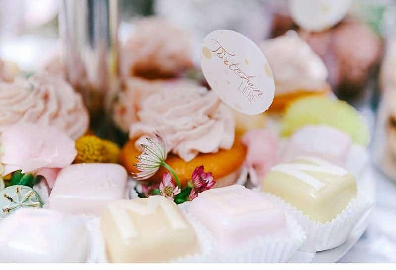 sommerhochzeit-dekorationsvielfalt-alte-muehle_0010