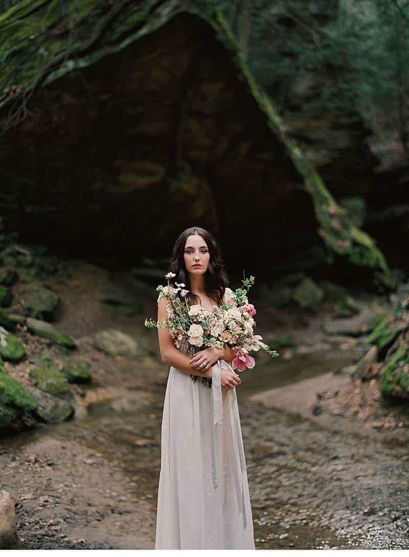 moody-cave-bridal-shoot_0019a