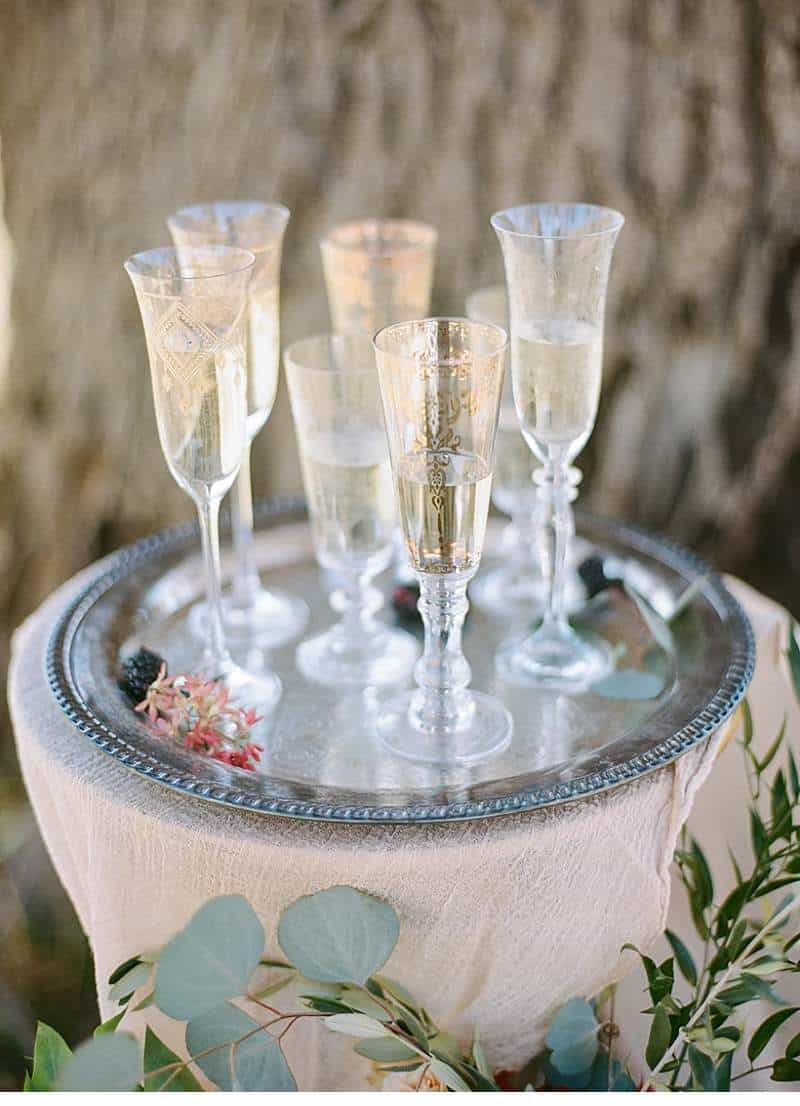 california-ranch-burgundy-wedding-inspiration_0014