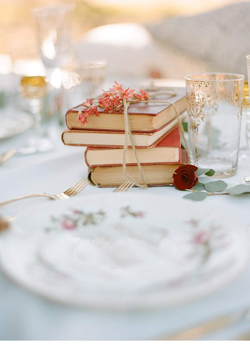 california-ranch-burgundy-wedding-inspiration_0021a