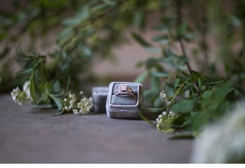 chapel-evening-bridal-shoot_0010