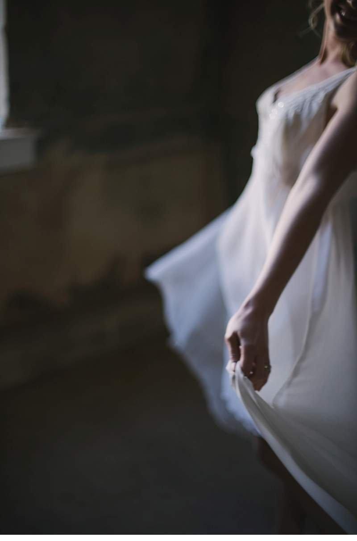 chapel-evening-bridal-shoot_0018a