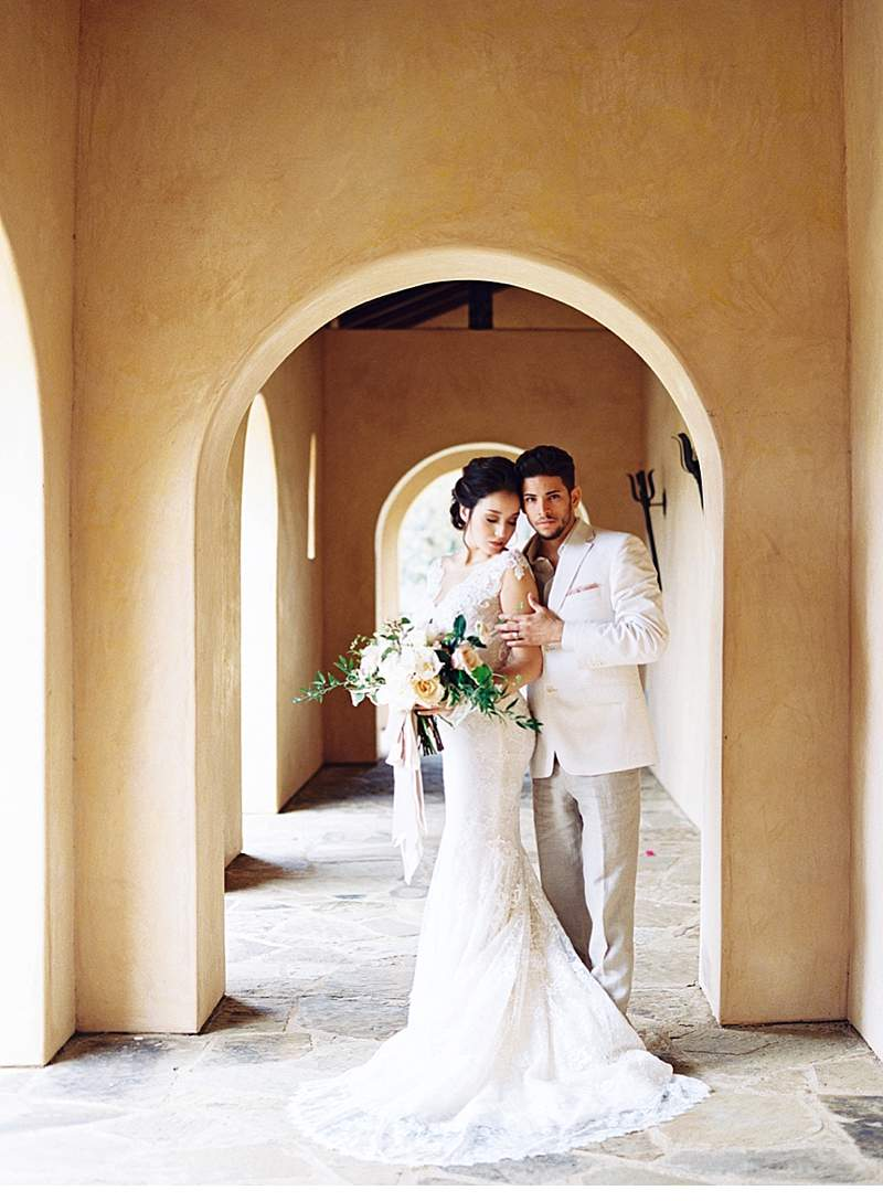 creamy-terra-cotta-arches-wedding-inspirations_0022