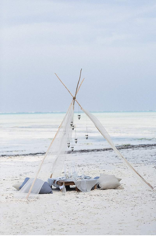 serendipity-beach-elopement-zanzibar_0009c