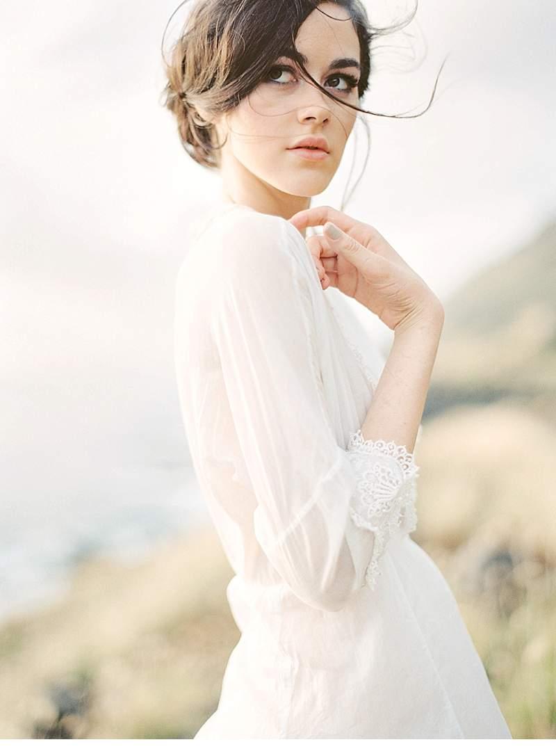 ethereal-seaside-bridal-inspirations_0001