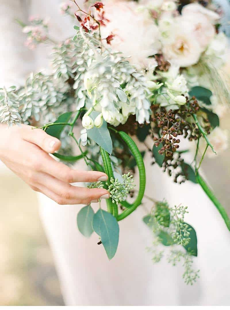 ethereal-seaside-bridal-inspirations_0019a
