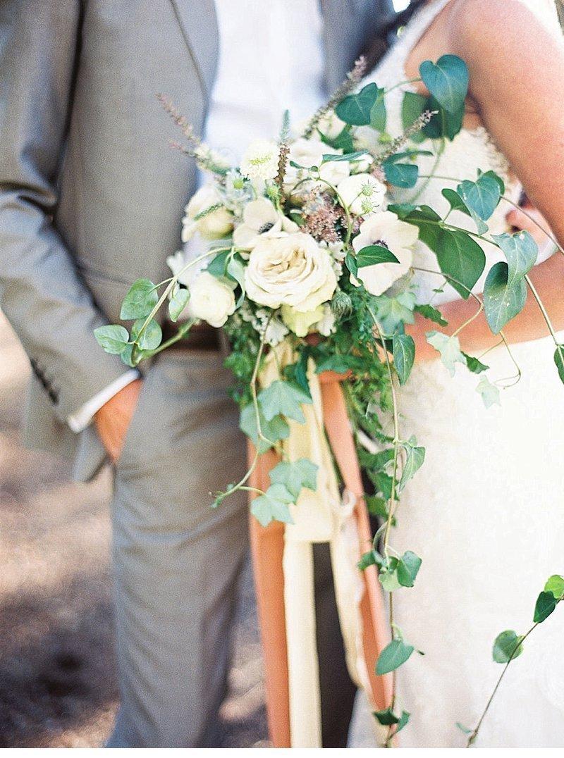 elopement-see-idaho-hochzeitsblumen-brautpaar_0007