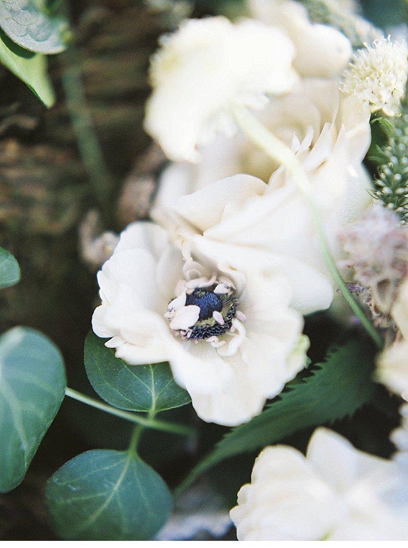 elopement-see-idaho-hochzeitsblumen-brautpaar_0015