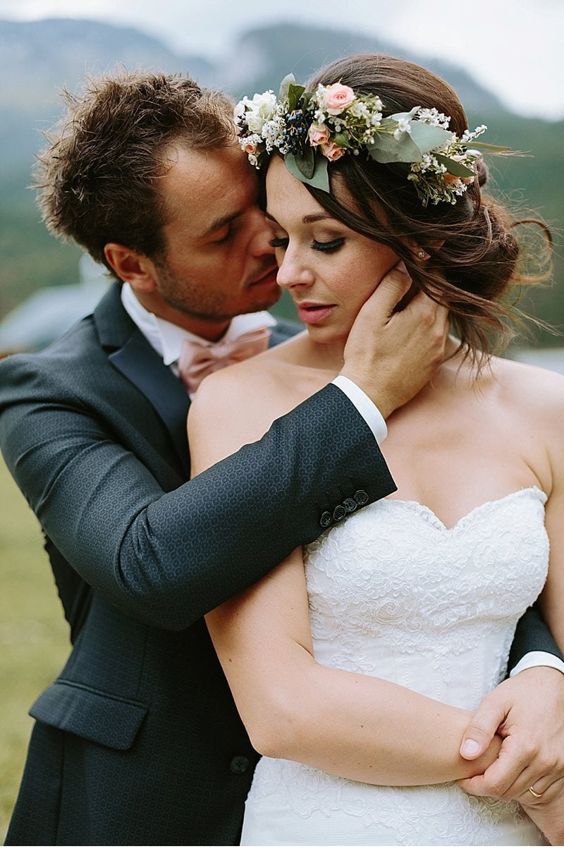 after-wedding-shooting-blumenhaarkranz-brautpaar_0001