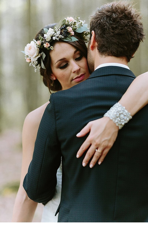 after-wedding-shooting-blumenhaarkranz-brautpaar_0010