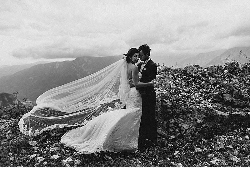 after-wedding-shooting-blumenhaarkranz-brautpaar_0022
